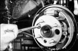 замена ступицы колеса