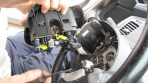 снятие подушки безопасности на руле