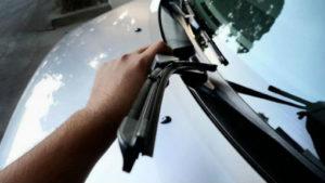 замена щеток лобового стекла