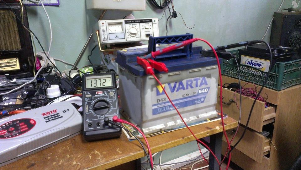 зарядка необслуживаемого АКБ Varta
